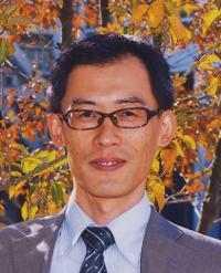 教授 穴澤 正宏