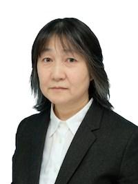 教授 内田 美穂